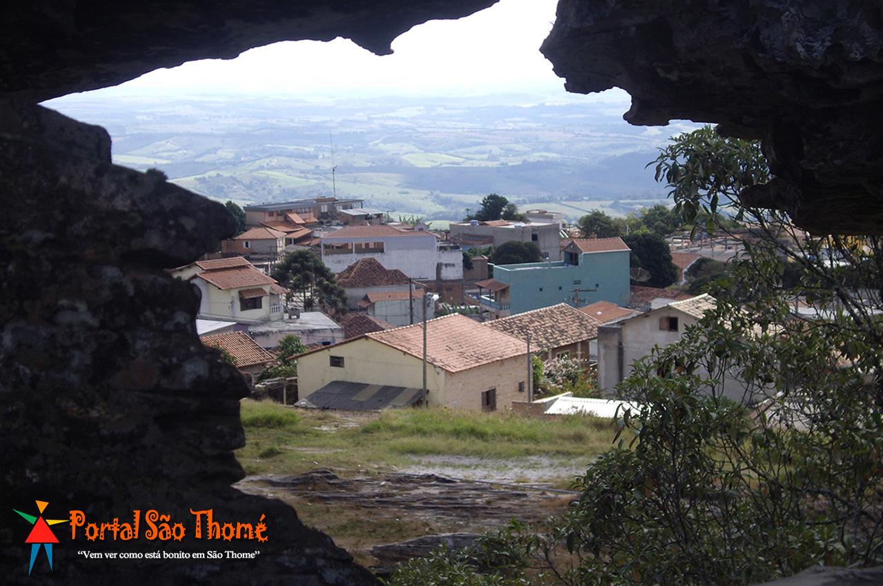 Parque Municipal Antonio Rosa Pedra da Bruxa em São Thomé das Letras