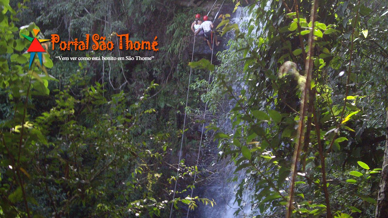 Cachoeira Antares Prática de Rapel em São Thomé das Letras MG