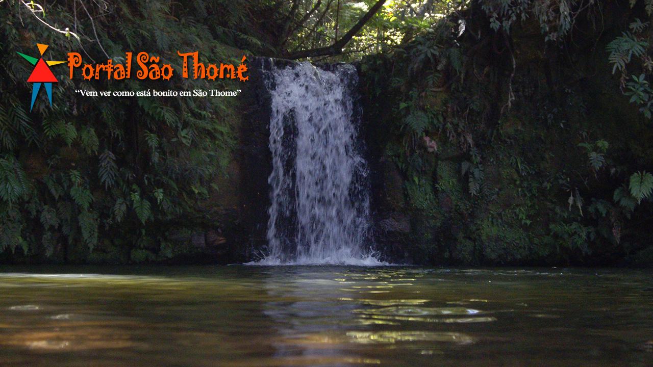 Cachoeira da Lua São Thomé das Letras MG