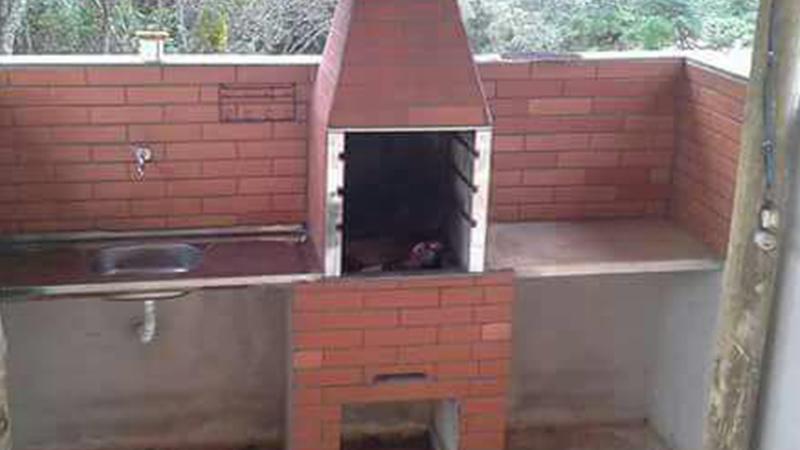 Área para fazer churrasco